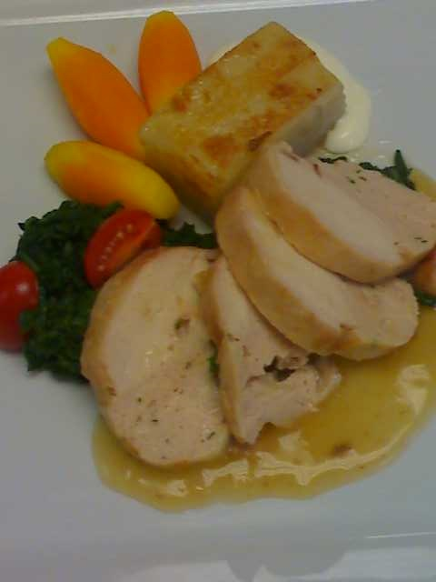 Chicken Roulade with Artichoke & Mushroom, Roast Chicken Gravy