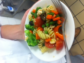 Mixed Vegetable Salad with Pasta and Chicken