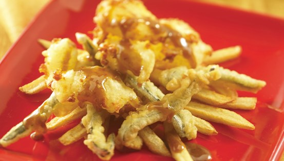 Wisconsin White Cheddar Poutine with Tempura Peppers and Piloncillo/Harissa Sauce