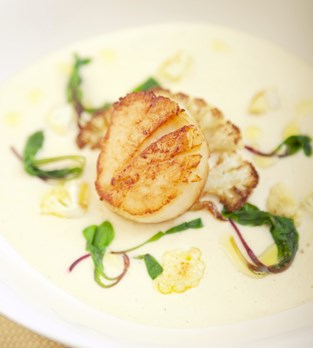 Roasted Cauliflower and Potato Soup with Sea Scallops