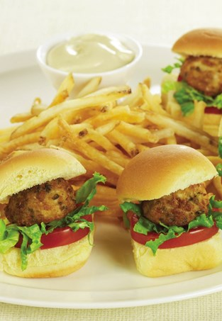 Crab Cake Sliders with Dijon Roasted Garlic Aïoli