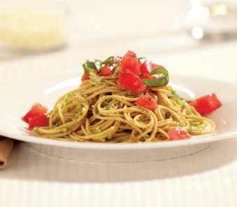 Whole Grain Spaghetti with Almond/Pistachio/Arugula Pesto and Heirloom Tomatoes
